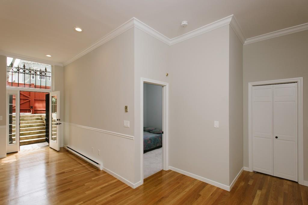 https://www.livecharlesgate.com/homes/743-East-Fourth-Street/Boston/MA/02127/73581804/