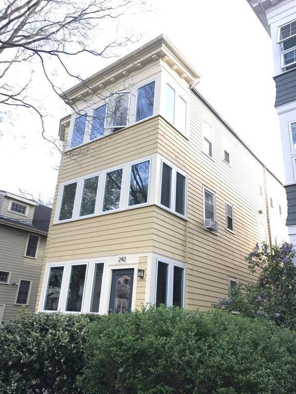 242 Lexington Ave #3, Cambridge, MA 02138 (MLS #72181801) :: Goodrich Residential