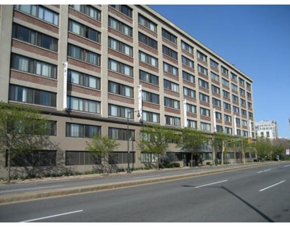 169 Monsignor Obrien Hwy #206, Cambridge, MA 02141 (MLS #72186670) :: Goodrich Residential