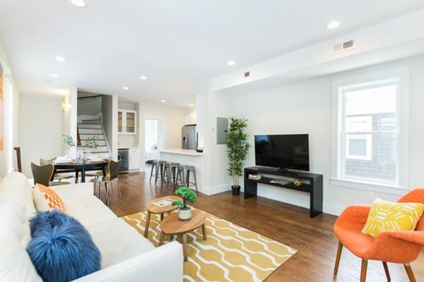19 Clarendon Ave #2, Somerville, MA 02144 (MLS #72187028) :: Goodrich Residential