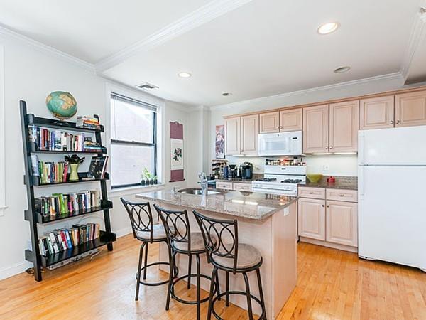 454 Hanover Street 3B, Boston, MA 02113 (MLS #72187160) :: Goodrich Residential