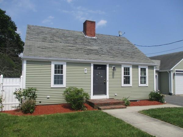 4006 Acushnet Ave, New Bedford, MA 02745 (MLS #72187772) :: Vanguard Realty