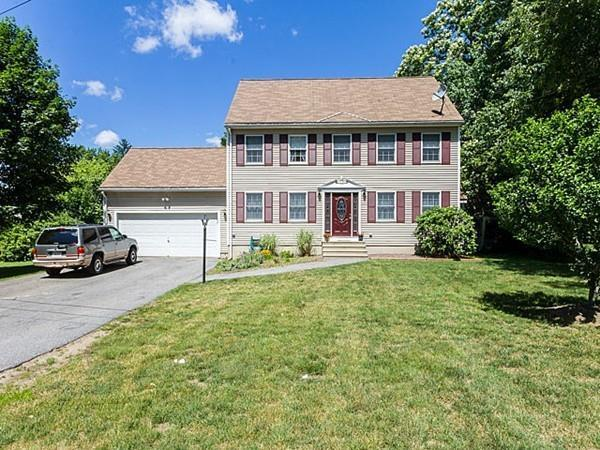 54 Whittaker Ave, Haverhill, MA 01830 (MLS #72188468) :: Exit Realty