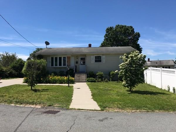 14 Fir Ave, Somerset, MA 02726 (MLS #72189519) :: Westcott Properties