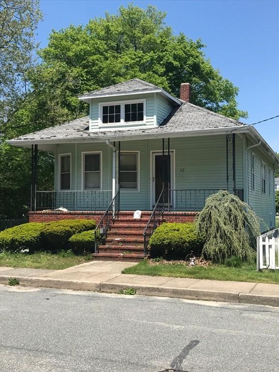 32 Brown Street, Fairhaven, MA 02719 (MLS #72190127) :: Westcott Properties