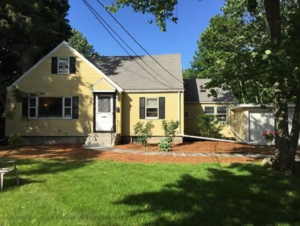 54 Mountain St, Sharon, MA 02067 (MLS #72190213) :: Anytime Realty