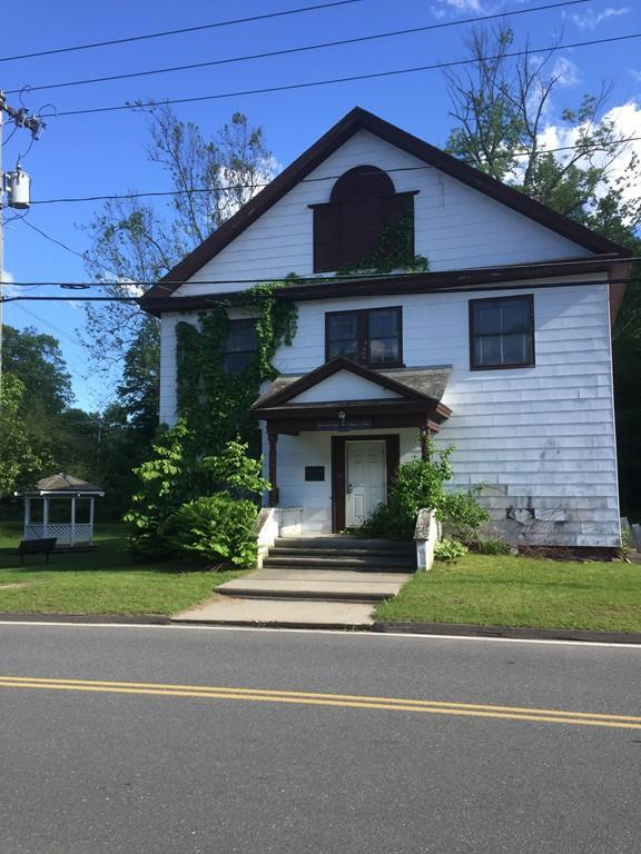 64 Main St, Russell, MA 01071 (MLS #72190352) :: Anytime Realty