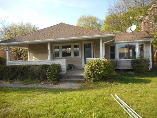 203 Pleasant St, Bridgewater, MA 02324 (MLS #72190377) :: Anytime Realty