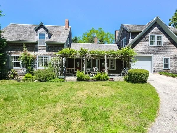 275 W Falmouth Hwy, Falmouth, MA 02540 (MLS #72196185) :: Commonwealth Standard Realty Co.
