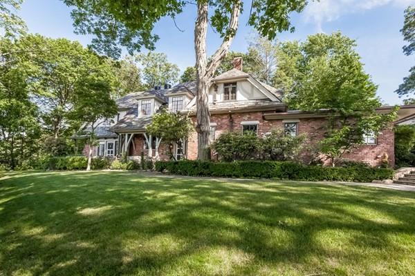 108 Woodchester Drive, Newton, MA 02467 (MLS #72198191) :: Vanguard Realty