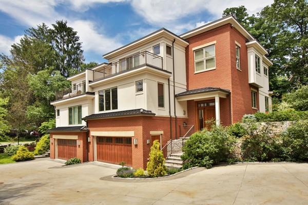 107 Florence Street #107, Newton, MA 02467 (MLS #72200524) :: Vanguard Realty