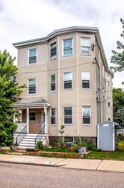 32 Burnett St #1, Boston, MA 02130 (MLS #72201182) :: Vanguard Realty