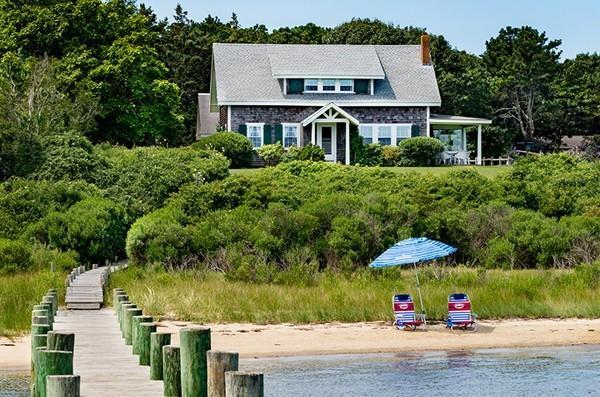 44 Green Hollow Rd, Edgartown, MA 02539 (MLS #72212841) :: Lauren Holleran & Team