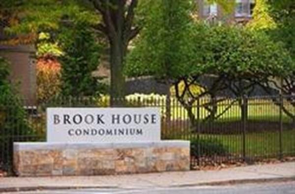 77 Pond Avenue #506, Brookline, MA 02445 (MLS #72216805) :: Ascend Realty Group