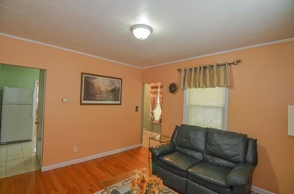186 Summer St #1, Watertown, MA 02472 (MLS #72218124) :: Charlesgate Realty Group