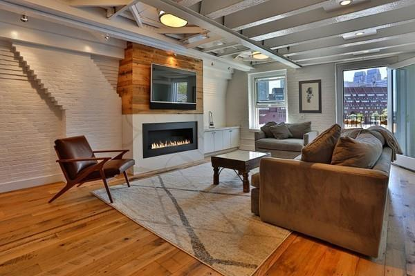 39 Commercial Wharf #3, Boston, MA 02110 (MLS #72223720) :: Goodrich Residential