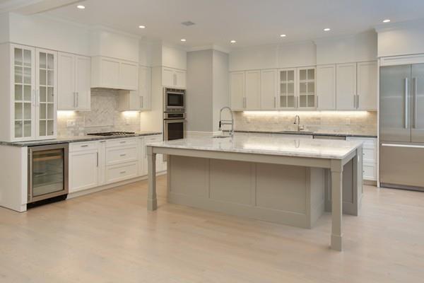 140 Thorndike Street #2, Brookline, MA 02446 (MLS #72224745) :: Vanguard Realty