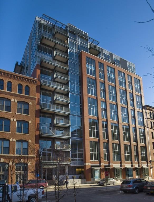 25 Channel Center St Ph204, Boston, MA 02210 (MLS #72231747) :: Goodrich Residential