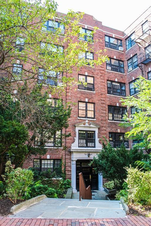 50 Follen Street #108, Cambridge, MA 02138 (MLS #72232409) :: Goodrich Residential