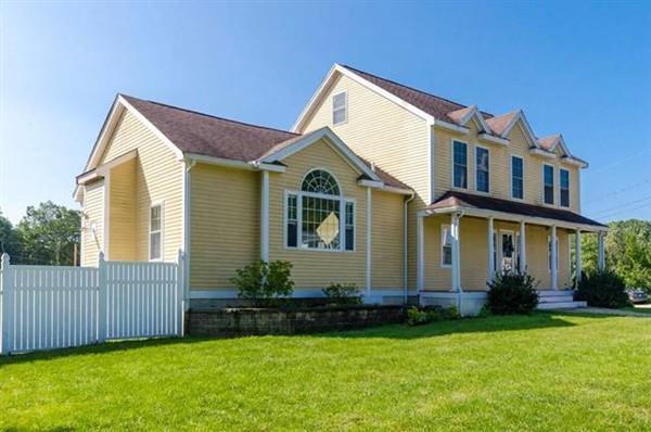 27 Eayers Pond Road, Hudson, NH 03051 (MLS #72235587) :: The Home Negotiators