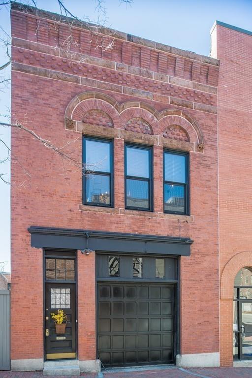 84 Joy Street, Boston, MA 02114 (MLS #72240422) :: Charlesgate Realty Group