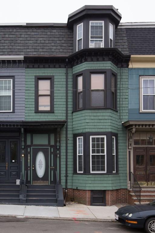 196 Dorchester Street, Boston, MA 02127 (MLS #72241359) :: Driggin Realty Group