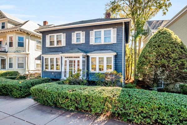1694 Centre, Boston, MA 02132 (MLS #72244221) :: Vanguard Realty