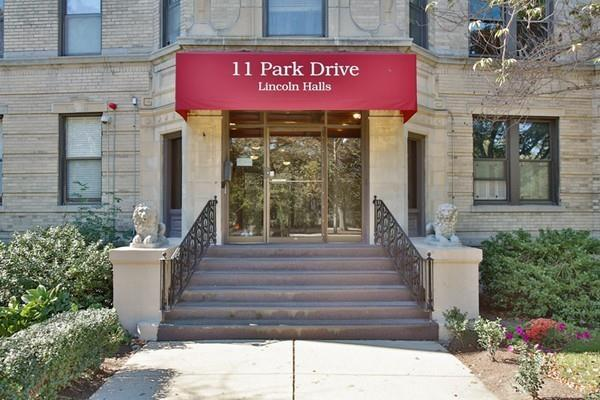 11 Park Drive #17, Boston, MA 02215 (MLS #72244326) :: Goodrich Residential