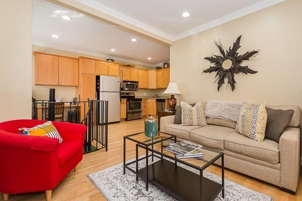 277 Silver St #1, Boston, MA 02127 (MLS #72245200) :: Charlesgate Realty Group