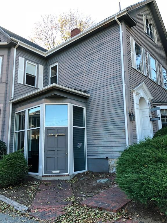 20 W Emerson St, Melrose, MA 02176 (MLS #72245954) :: Anytime Realty