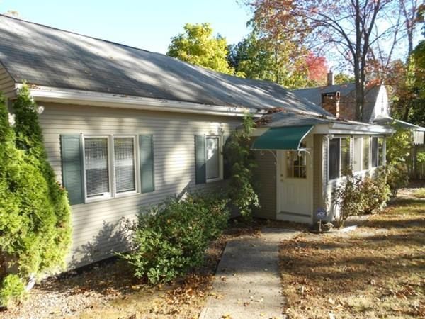 79 Larchmont Street, Springfield, MA 01109 (MLS #72246021) :: Anytime Realty