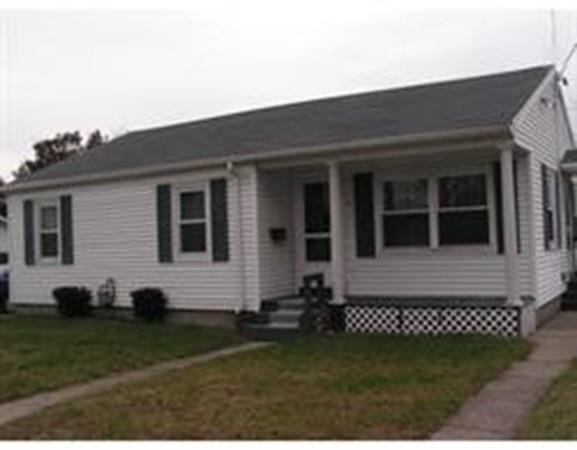 995 Robeson, Fall River, MA 02720 (MLS #72246275) :: Westcott Properties