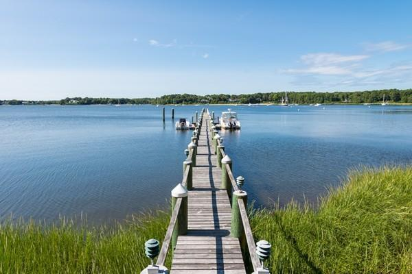 325 Baxters Neck Road, Barnstable, MA 02648 (MLS #72248525) :: Goodrich Residential