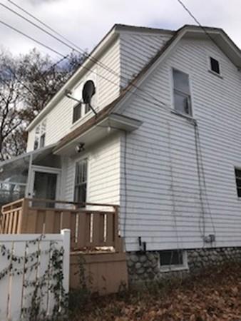 111 Massachusetts  Ave, Lunenburg, MA 01462 (MLS #72260473) :: The Home Negotiators