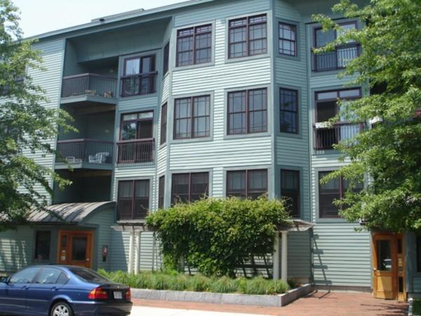 185 High Street #303, Brookline, MA 02445 (MLS #72261419) :: Vanguard Realty
