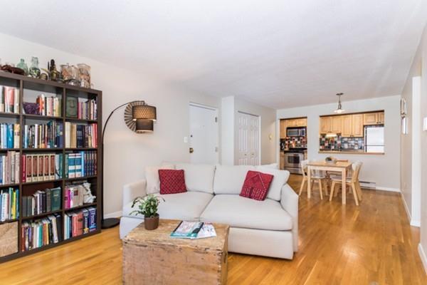 22 Laurel St #25, Somerville, MA 02143 (MLS #72261802) :: Goodrich Residential