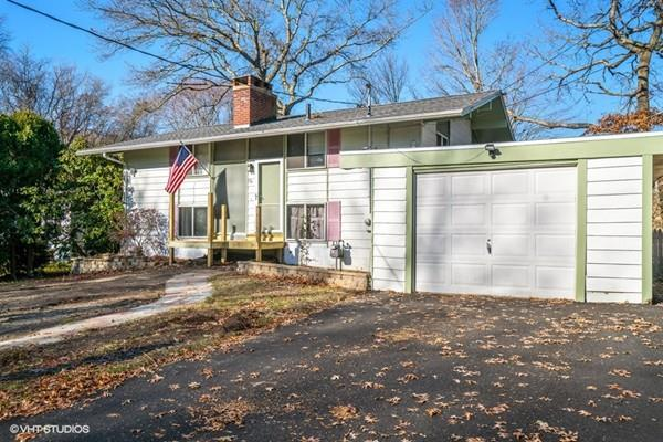 55 Evelyn St, Dartmouth, MA 02747 (MLS #72262611) :: Welchman Real Estate Group | Keller Williams Luxury International Division