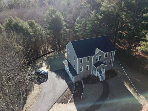 517 Plymouth St, Middleboro, MA 02346 (MLS #72262977) :: ALANTE Real Estate