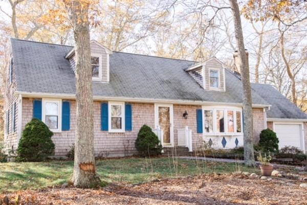 26 Crowell Rd, Sandwich, MA 02563 (MLS #72263809) :: ALANTE Real Estate