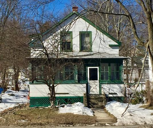 265 Central St, Leominster, MA 01453 (MLS #72264057) :: The Home Negotiators