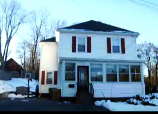 10 Martin Street, Clinton, MA 01510 (MLS #72264213) :: The Home Negotiators