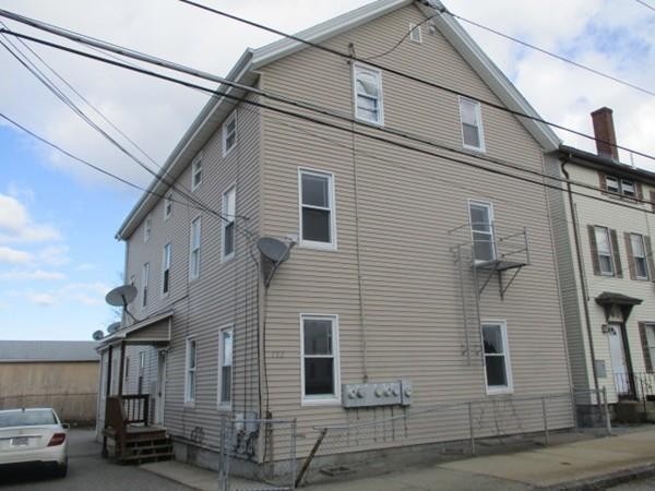 752-760 King Philip St, Fall River, MA 02724 (MLS #72264534) :: Ascend Realty Group