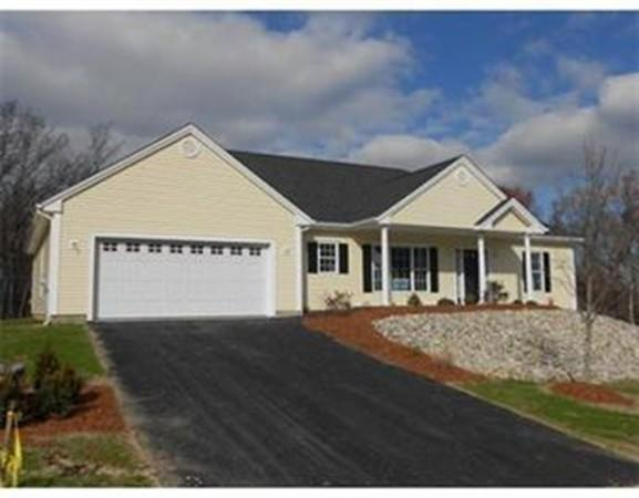 60 School St, Upton, MA 01568 (MLS #72264775) :: Anytime Realty
