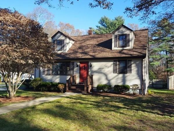 32 Cox Street, Acushnet, MA 02743 (MLS #72267428) :: Berkshire Hathaway HomeServices Mel Antonio Real Estate