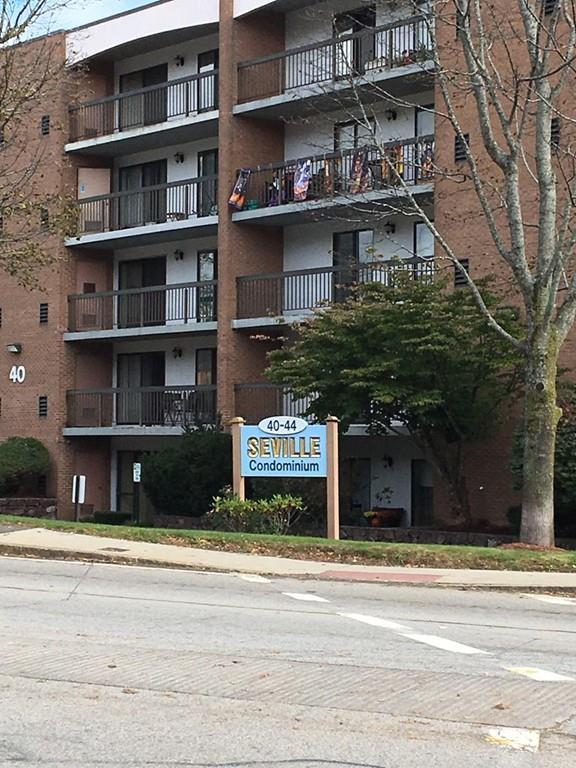 40 Main St #403, Stoneham, MA 02180 (MLS #72270104) :: Kadilak Realty Group at Keller Williams Realty Boston Northwest
