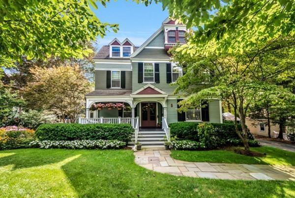 5 Winthrop St, Winchester, MA 01890 (MLS #72271492) :: Kadilak Realty Group at Keller Williams Realty Boston Northwest