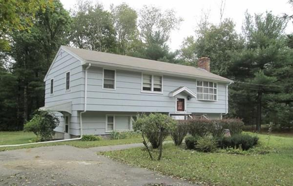 137 Elm, Bridgewater, MA 02324 (MLS #72272558) :: Berkshire Hathaway HomeServices Mel Antonio Real Estate