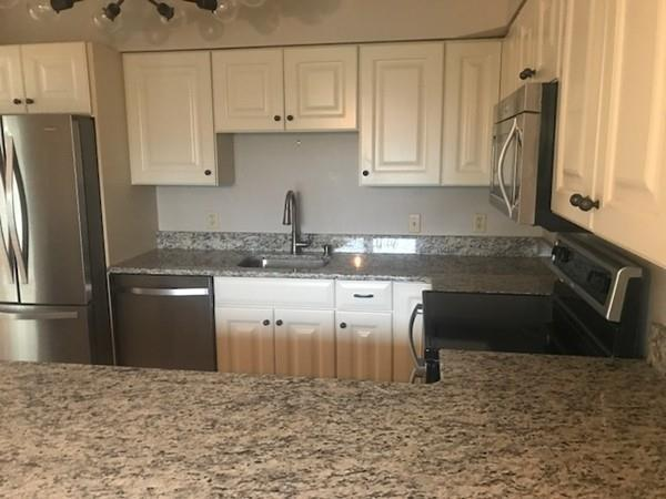 705 Tuckers Lane #705, Hingham, MA 02043 (MLS #72272564) :: Berkshire Hathaway HomeServices Mel Antonio Real Estate