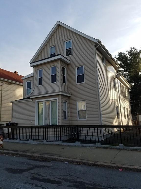 77 Healy St, Fall River, MA 02723 (MLS #72272770) :: Westcott Properties