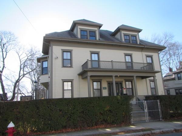 396 Middle Street, New Bedford, MA 02740 (MLS #72273415) :: Lauren Holleran & Team